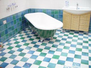 Fußboden Fliesen Richtig Reinigen ~ Fliesen reinigen so bringen sie ihren boden zum glänzen